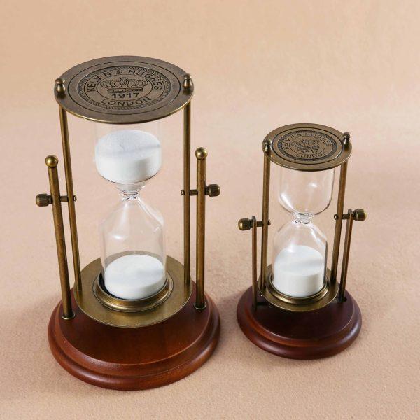 Mandel Hourglass Decor   Living Space