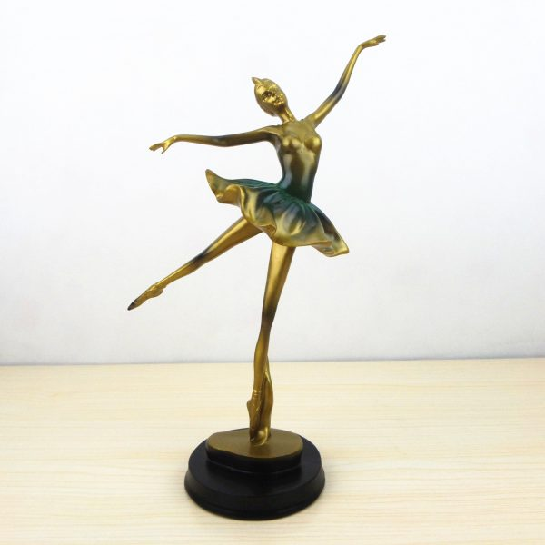 Dancing Diva Home Decor | Living Space