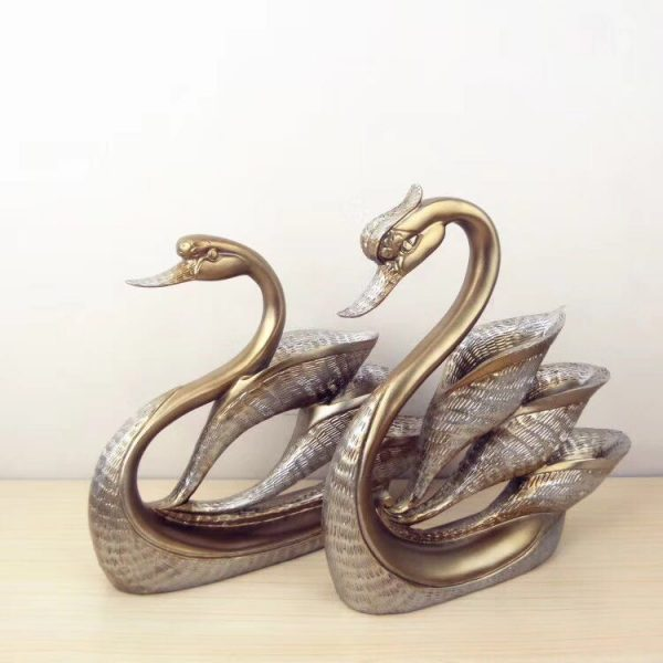 Swan Home Decor   Living Space